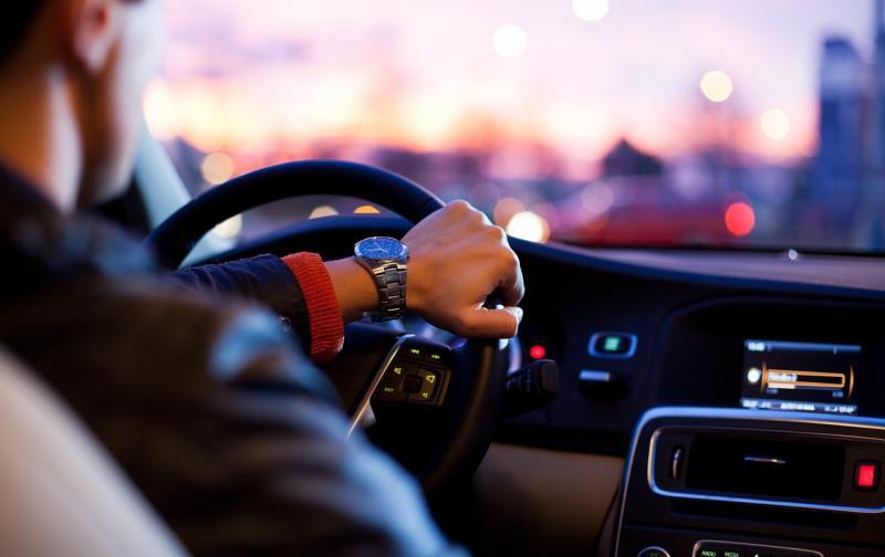 Consejos para ser un buen conductor al volante