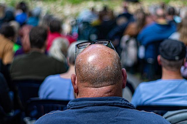 ¿Cuáles son los efectos psicológicos de la alopecia?